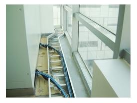 电缆桥架制造商解释桥安装所需的4种材料